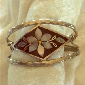 Jewelry - Mother Of Pearl Mosaic Bracelet 🌸
